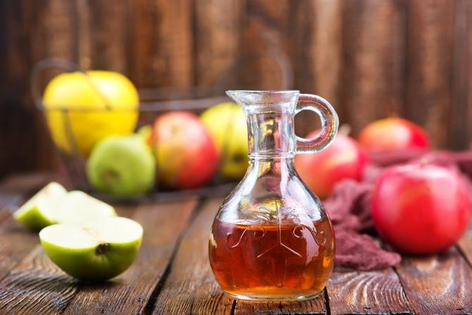 Графин с яблочным уксусом