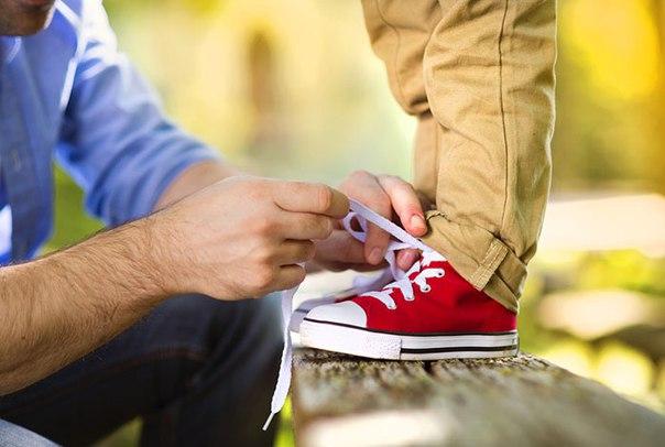 Выбор правильной обуви для детей для предотвращения развития бурсита