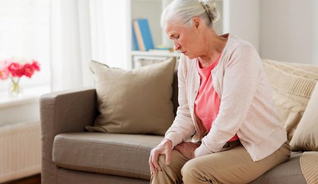 Онемение ноги у пожилой женщины