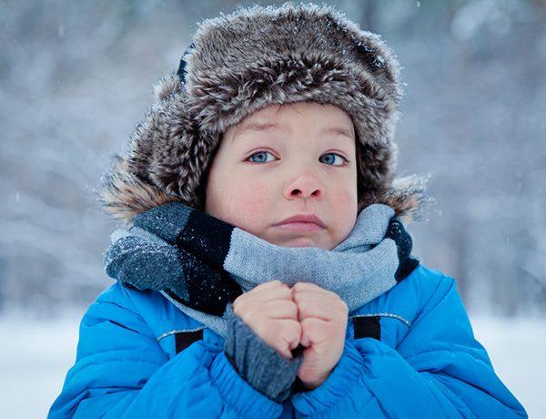 Ребенок замерз