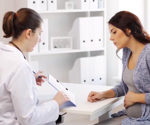 Почему в моче при беременности появляется плоский эпителий