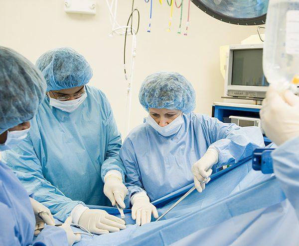 Когда требуется оперативное удаление почки с опухолью