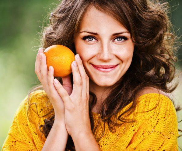 Женщина апельсин