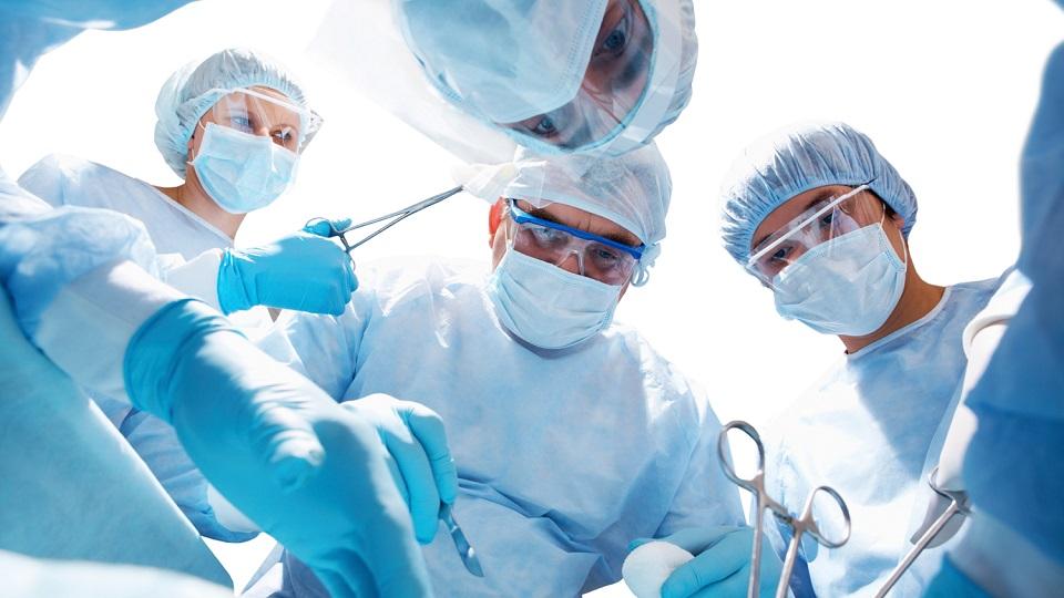 Хирургическое удаление бородавок на пятке